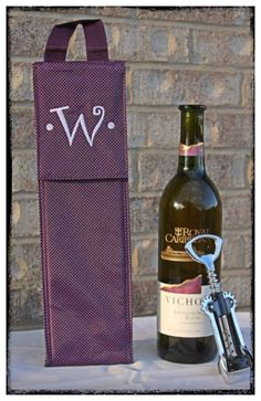 Wine anyone? The perfect bottle thermal makes a great gift!!  www.mythirtyone.com/nicolewhitfield