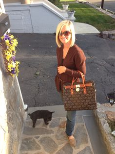 Fall outfit. Cute purse