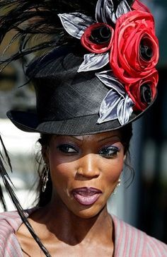 Derby hat in black & red #millinery #judithm #hats