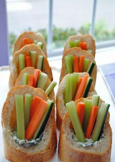 Spinach Dip with Veggies in Baguettes