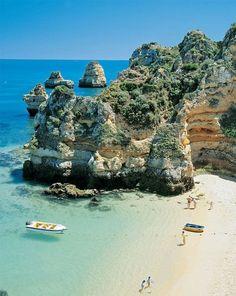 Lagos, Portugal / The dreamiest beach