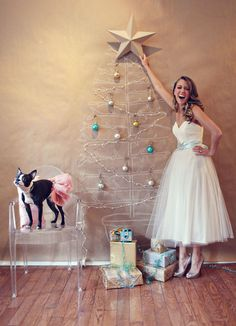.love this Christmas tree idea for a small apartment