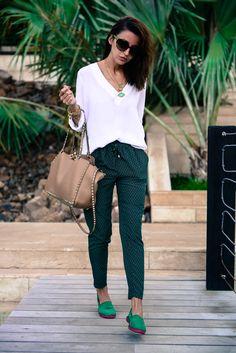 Green. alex and ani, camisa blanca, green pants, alex o'loughlin