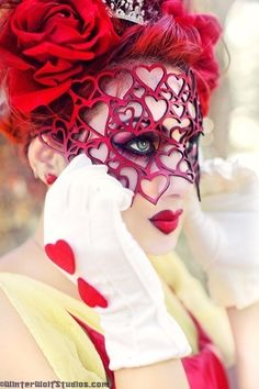 This could make an extremely cool Queen of Hearts costume.