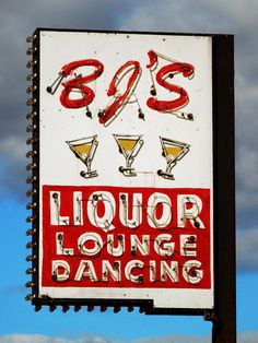 BJ's Liquor Lounge (Minneapolis, MN)
