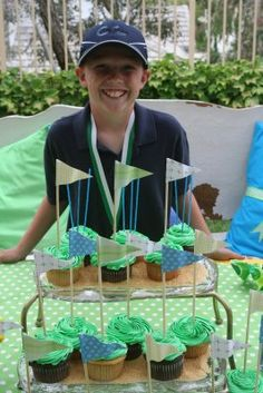 Golf Flags birthday parti, flag, birthday idea, golf party, birthday themes, backyard, golf parti, mini golf, parti idea