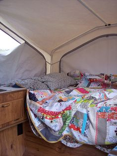 camping w/quilts