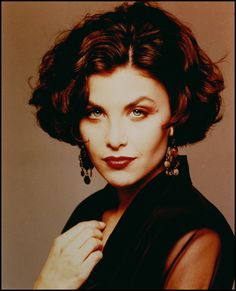 One of our first celebs to take part was the glorious Sherilyn Fenn #twinpeaks Celebrities of the Month - Lesbians North London