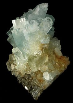 Beryl var. Aquamarine crystal cluster on Muscovite / Nagar, Pakistan