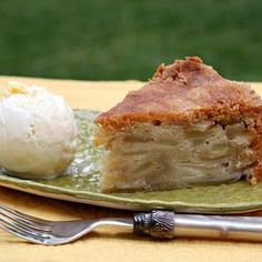 Cinnamon- Apple Pie Cake Recipe