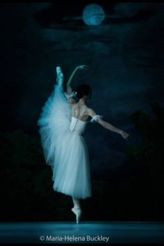 Giselle- my favorite ballet in the world