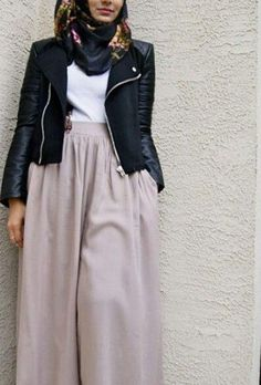Simple. Hijab. Outfit.