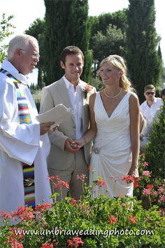 Amelia and Richard got married on the grounds of Villa San Crispolto.  www.romanticitalianweddings.com
