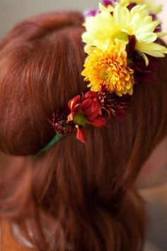 How to make fresh flower crowns at home! (click through for a photo tutorial!)