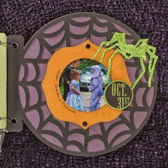 Halloween Mini Album How-to from #CTMH #MiniAlbum