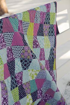 Tumbler quilt color combos, tumbler quilts, quilt inspir, color patterns, picnic quilt, quilt idea, tumbler quilt pattern, coordinating colors