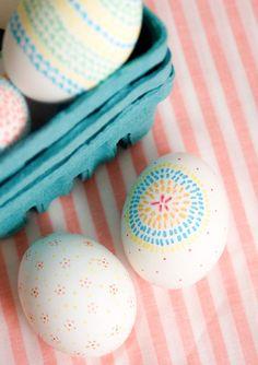 DIY : Hand Drawn Easter Eggs