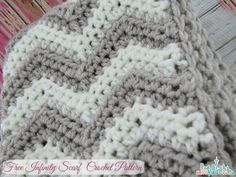 Free Crochet Pattern - Chevron Infinity Scarf