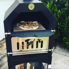Wood Fired Oven cook
