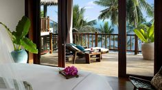 TROPICAL SPACES
