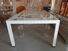 FRETWORK Dining Tabl