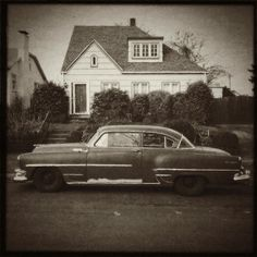 New Yorker in Sellwood  | #retro #vintage #car #brown #sepia #iphoneography