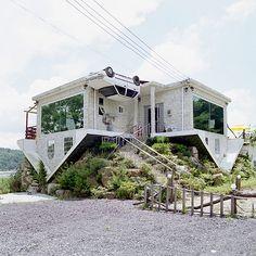 Upside down house by Juliane Eirich.