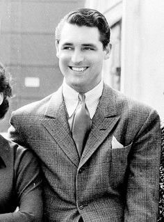 Cary Grant on the Paramount lot, 1935