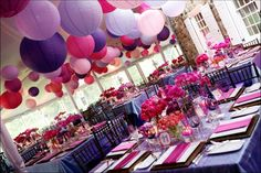 Love the paper lanterns...especially with the polka dot idea table settings, wedding themes, lantern, color schemes, wedding ideas, pink weddings, wedding colors, purple wedding, parti