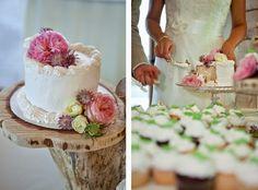 Sweet Flowers on Mini Wedding Cake and Cupcakes #weddingcake #mwri
