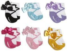 """Adorable ballerina """"shoes"""" for a newborn girl"""