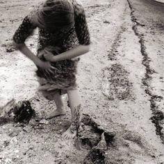 Seashore Circle  Francesca Woodman, 1976