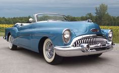 A beautiful blue 1953 Buick Skylark. #vintage #cars #1950s