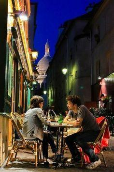 Montmartre café, Paris