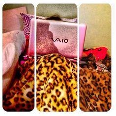 Hathy 7alty min Awal al36la ;'( |||  #pink #sony #laptop #sonylaptop #pinklaptop #pinksonylaptop #pinksony #2012 #boring #summer #vacation Hathy 7alty min Awal al36la ;'( |||  #pink #sony #laptop #sonylaptop #pinklaptop #pinksonylaptop #pinksony #2012 #boring #summer #vacation