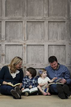 """We love this mom's """"perfectly imperfect"""" guide to capturing complete joy in family pictures."""