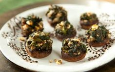 Spinach Stuffed Mushrooms // Yes, please!