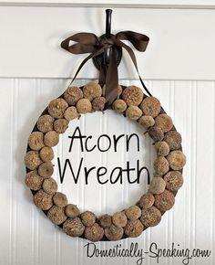 How to make an Acorn Wreath