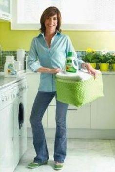 Sarah Richardson in laundry - Sarahs House season2.jpg