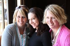 We love the ladies at #evoconf. Friendship is everywhere. (image by  @Flavias_Flavors via http://www.flaviasflavors.com/home/evo-11-a-weekend-of-inspiration-sharing-and-friendship)