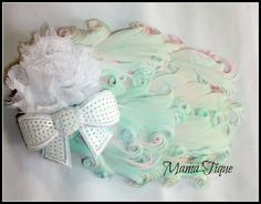 white feather, mint green, shabbi flower