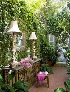 garden room with lamps
