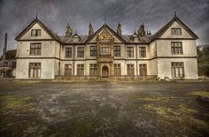 AbAndOneD hoSpitAl P ::  ( explore ) by andre govia., via Flickr