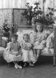 Grand Duchesses of Russia - Tatiana, Maria and Olga