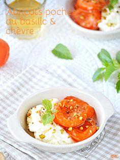 Abricots pochés au basilic & fromage de chèvre mousseux au miel - Alter Gusto