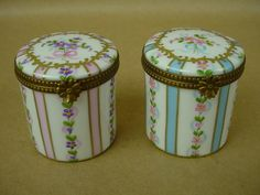 Limoges Beautiful 19th century Pair of Hand Painted French Porcelain Boxes