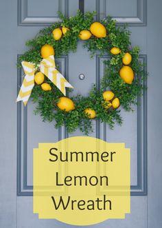 Summer Lemon Wreath, so fresh and pretty! www.adiamondinthestuff.com