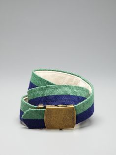 Canvas belt.