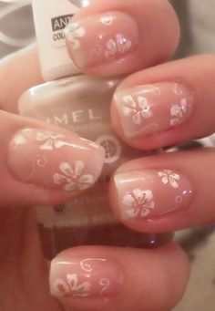 Natural nails with flowers