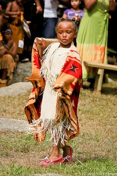 Performance of Eastern Blanket Dance by Genny164, via Flickr